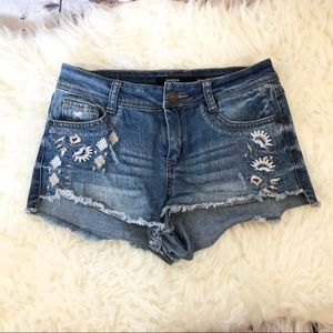 Harper embroidered cut off jean shorts